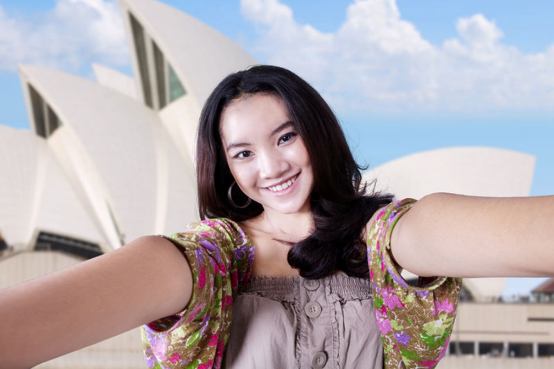 08.Influx of Asian visitors to boost tourism