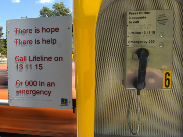13.Lifeline gets 1m requests for help in 2015